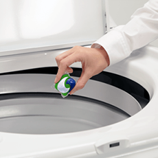 How to Use a Top Loading Washing Machine | Ariel