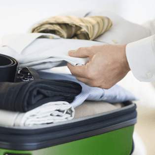 6 ways to keep clothes clean on the road